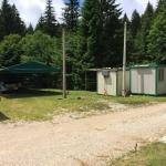 Refettorio esterno e container cuochi